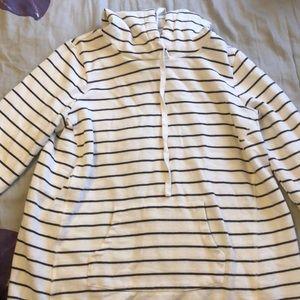 Maternity sweater/hoodie